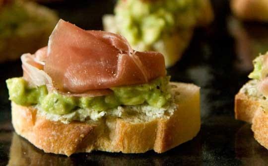 Avocado Prosciutto Crostini | yum. | Pinterest