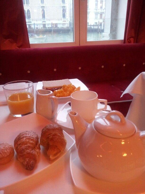Breakfast at the Luxury Hotel Centurion Palace  #design #interiors #interior #architecture #france #restaurant #lobby #designed #culture #cultured #deco #decoration #restyled #hotel #luxuryhotel #hotelcenturionpalace #venice