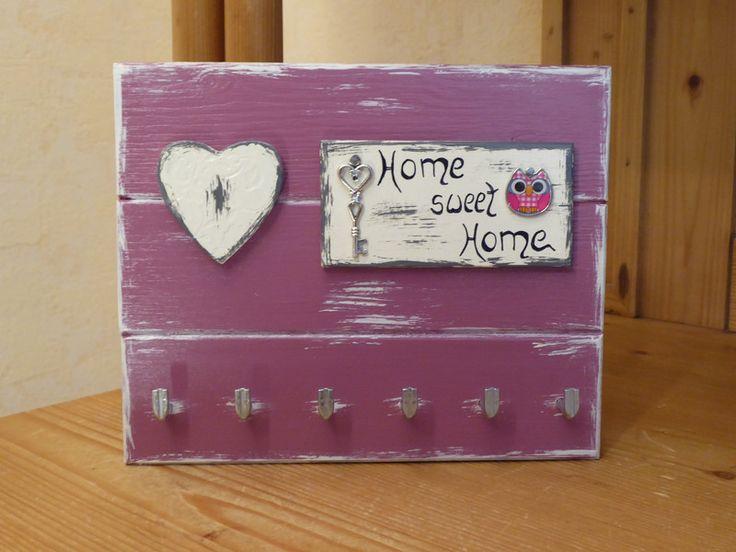 Hakenleisten - ♥ Schlüsselbrett ♥.*Home sweet Home* mit Eule-rosa - ein Designerstück von DekoHolzStube bei DaWanda