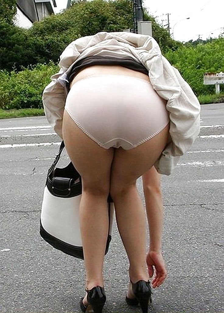 Chubby chicks in short skirts