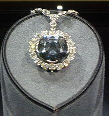 Sapphire set of Queen Marie Amélie.