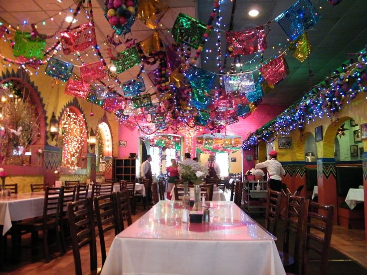 Mi Tierra - San Antonio, TX still need to eat here
