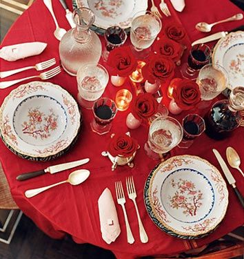 holiday decor ideas miles redds luxe red table setting from domino magazine by xjavierx