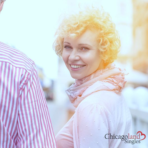 Real Dating For Serious 40+ Singles. Find your ideal partner at Chicagoland Singles.