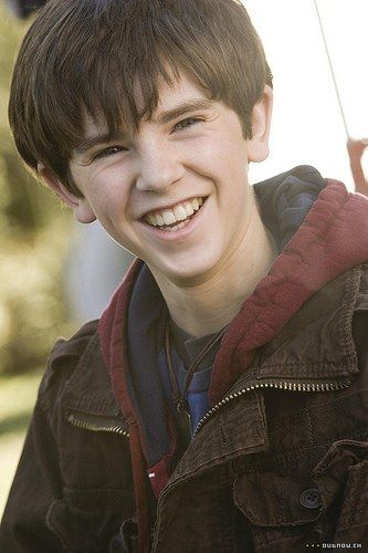 Freddie Highmore - I love all the movies he makes.  Talented kid