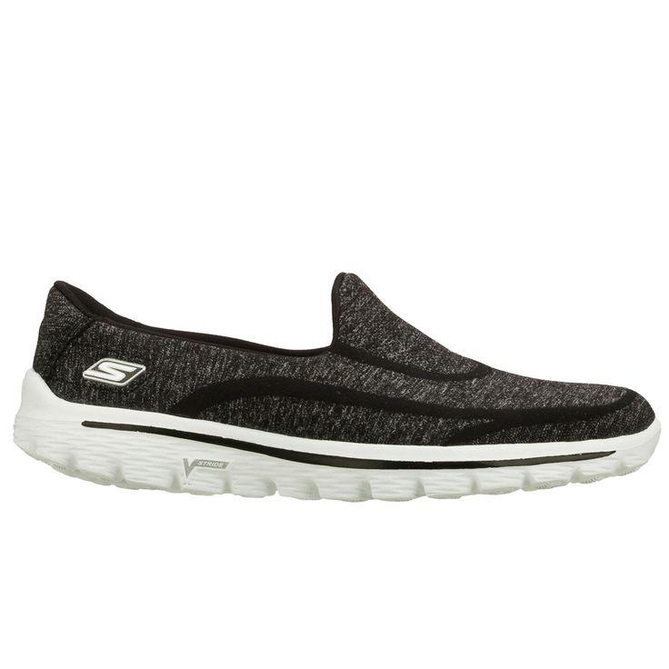 SKECHERS GO WALK 2 SUPER SOCK black De Skechers GOWALK2 Supersock is 50 % schoen en 50% sok, dit maakt de GOWALK2 100% comfortabel.