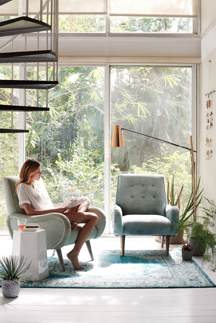 A sunroom should feel like a relaxing retreat, but without a clear and defined purpose, our busy lives can easily turn the sunniest nook in the house into a storage space with really good lighting. With a few textured touches, a splash of greenery and a clean, light aesthetic, we're reclaiming the sunroom and turning …