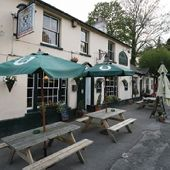 The Winterton Arms - Restaurants in Chichester, South East
