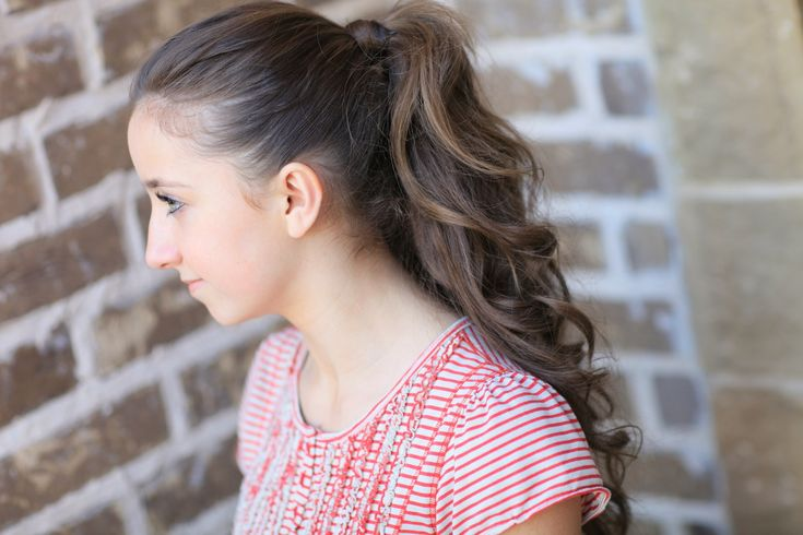 tiny hair styles 1000 ideas about ponytails on two 8286 | db81db9fcc44f3556c421cd5934acb23