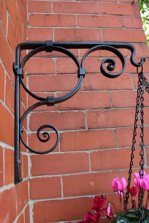 Hanging Basket Bracket, handmade ironwork by Tom Fell - Blacksmith