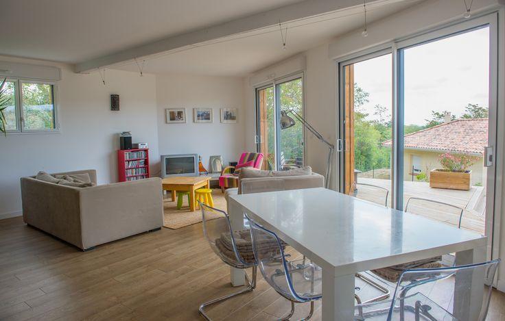 """Personnalisation du modèle Ami Bois """"CITY"""": maison livrée en 2012 à ses propriétaires, Monsieur et Madame M., en Haute Garonne.  www.ami-bois.fr / Cp photos: David Herrero pour Ami Bois"""