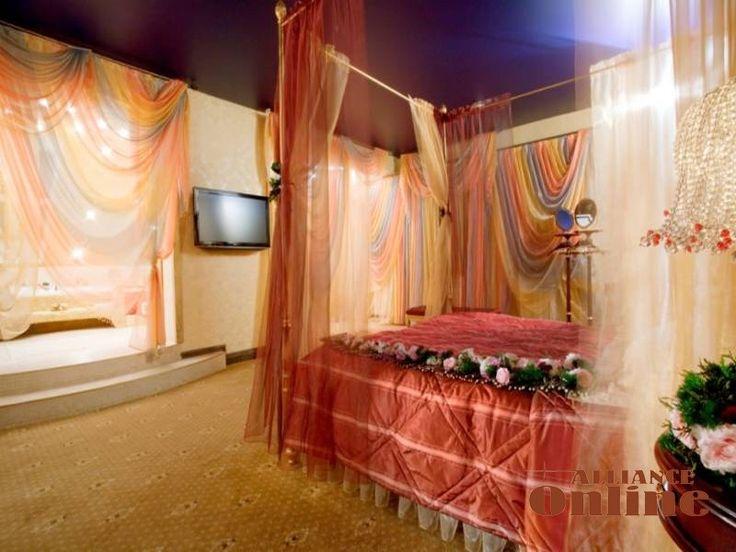 wedding bedroom