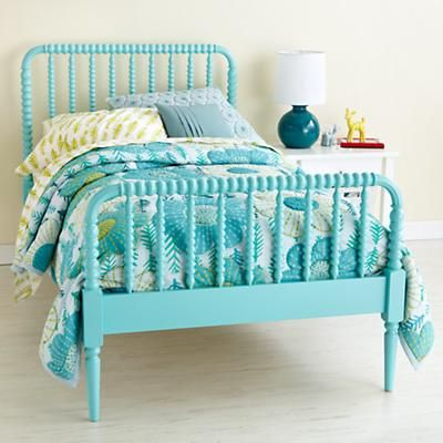 Kids' Beds: Kids Aqua Blue Spindle Jenny Lind Bed gekleurd bed babykamer