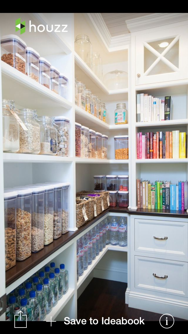 Amazing pantry even have the cookbooks color coded for Roman pantry