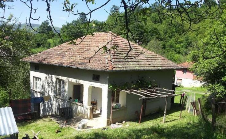 property, house in OSELNA, SOFIA PROVINCE, Bulgaria - 2 bedrooms house, 838 sqm land, mountains, 92 km. to Sofia airport