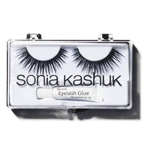 Make your lashes full and lush looking with the Full Glam Eyelashes kit from Sonia Kashuk. The black lashes can be easily trimmed to whatever size you desire. Natural eyelash glue is included to attach the lashes.