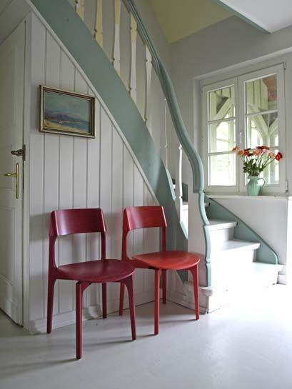 Boden und Wände in 'Architect's Delight', Handlauf in 'Margarete'