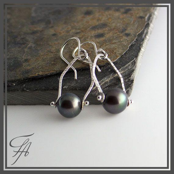 Black Tahitian Pearl Earrings,Pearl Earrings,Tahitian Earrings,Pearl drops,Handmade Earrings,Sterling Silver Earrings,Gift,Gift for Her by FashionArtJewelry on Etsy