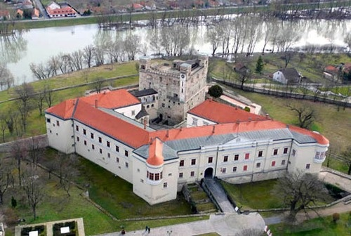 Castle of Sárospatak #Hungary #castle