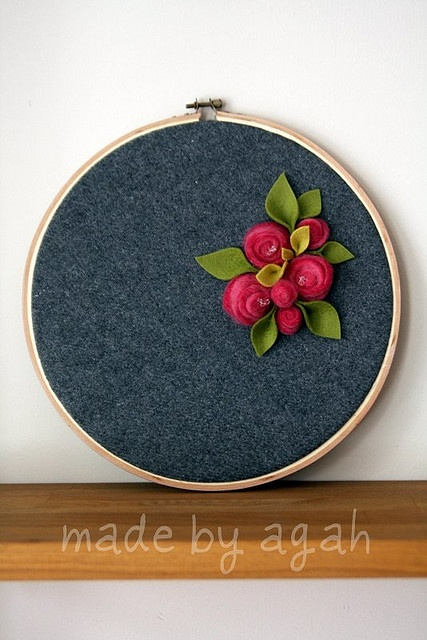 .Use linen background and felt flowers.