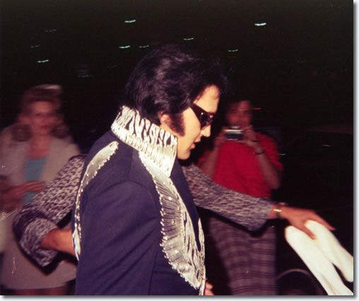 Elvis Presley : Terre Haute, Indiana : July 9, 1975 |  Elvis, in an unusual shot, in the stadium carpark pre-show