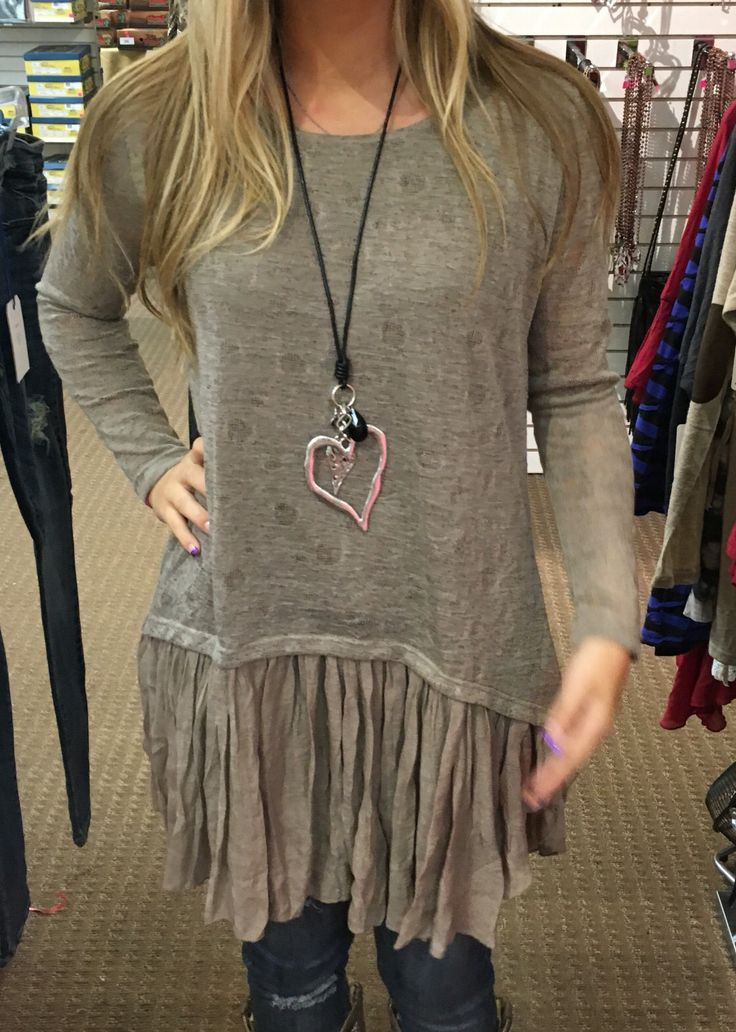 Loving my new necklace, tunic and jeans from Carol's Boutique Alabama. ( not me. The sweet girl, Alex, was nice enough to model for me and text me the look in Ohio)