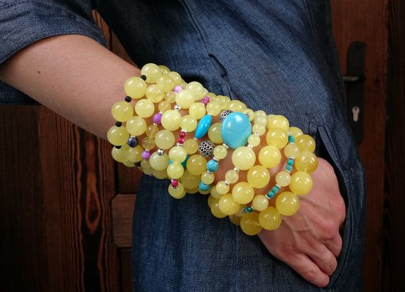 Hey, I found this really awesome Etsy listing at https://www.etsy.com/listing/249206748/geniue-amber-bracelet-with-turquoise-and