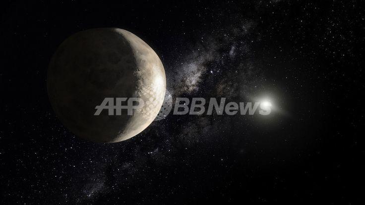 国際天文学連合(International Astronomical Union、IAU)が4番目の準惑星に認定した「マケマケ(Makemake)」のイメージ図(2008年7月23日提供)。(c)AFP/INTERNATIONAL ASTRONOMICAL UNION(IAU)/M. Kornmesser(ESA/Hubble) ▼24Jul2008AFP|国際天文学連合、第4の準惑星を「マケマケ」と命名 豊穣の神にちなみ http://www.afpbb.com/articles/-/2421920