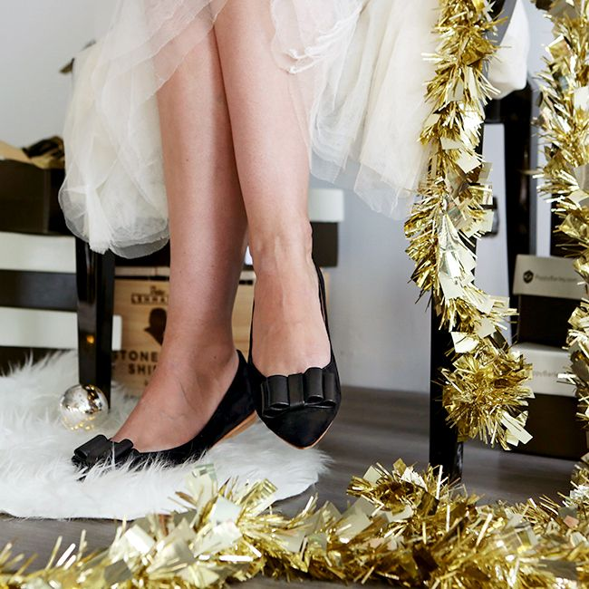 Poppy Barley Holiday Collection - The Bow Flat - Modern Christmas Decor - Gold, Black, Tinsel