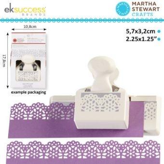 http://sandras-bastelladen.com/oxid/Markenshops/Martha-Stewart/Martha-Stewart-deep-edge-Stanzer-embroidery-5-7x3-2cm.html