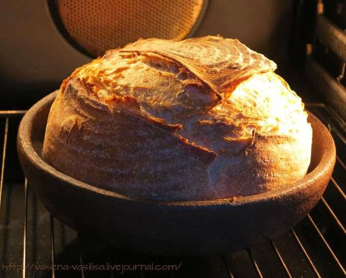 Французский деревенский хлеб Thom Leonard's Country French Bread Хлеб из пшеничной муки с добавлением пшеничной обойной - 13% и ржаной обдирной -около 3% .