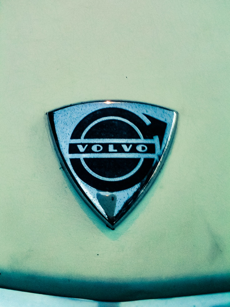 1972 volvo 144s badge logo emblem volvo pinterest badge logo volvo and cars. Black Bedroom Furniture Sets. Home Design Ideas