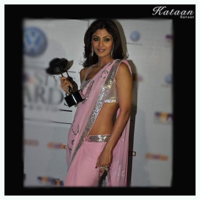 #Shilpa Shety in a simple & elegant Pink saree