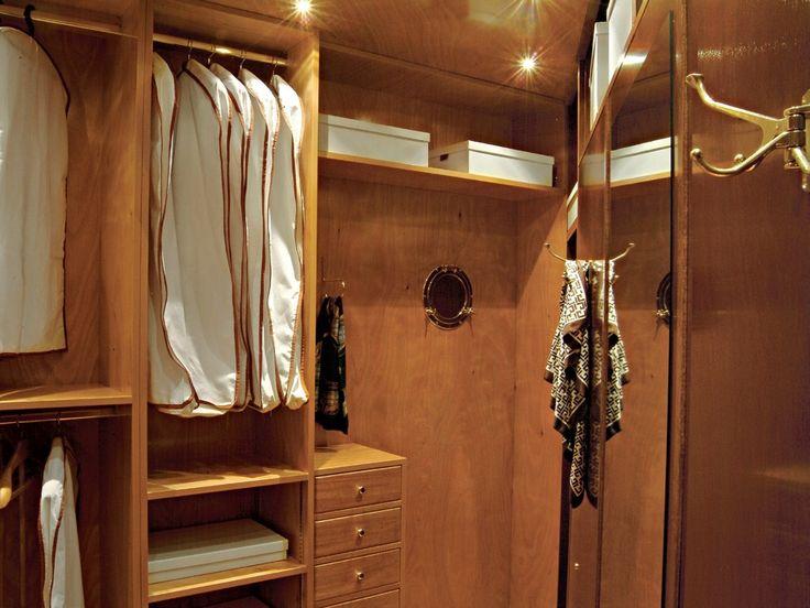 Scarica il catalogo e richiedi prezzi di 700 | cabina armadio angolare By caroti, cabina armadio angolare in legno