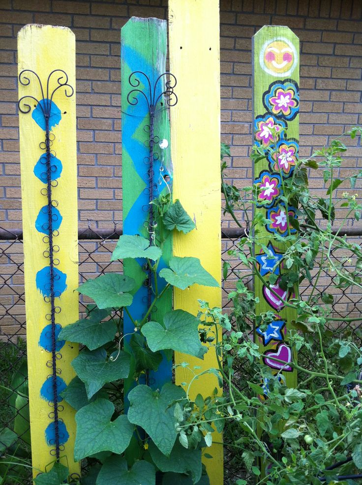 44 best images about crafts fence boards on pinterest for Acrylic paint for wood crafts