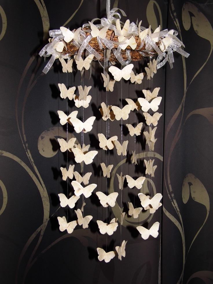 """MOBILE PAPILLONS Papillons découpés dans du papier fin """"fibres nature"""", fil nylon, couronne, ruban organza Ƹ̵̡Ӝ̵̨̄Ʒ Nouillelfique"""