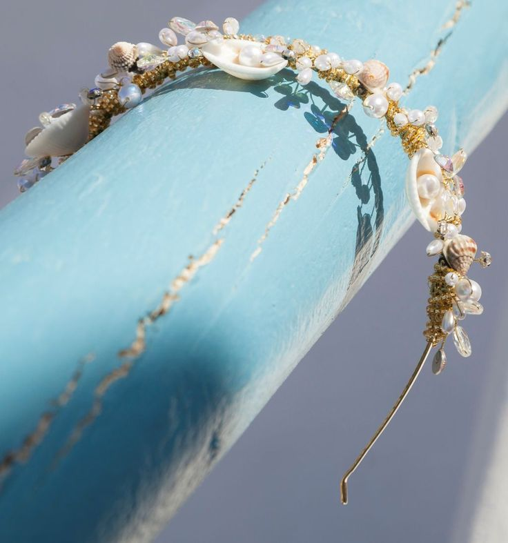 What about a gorgeous beach inspired bridal hair accessory?