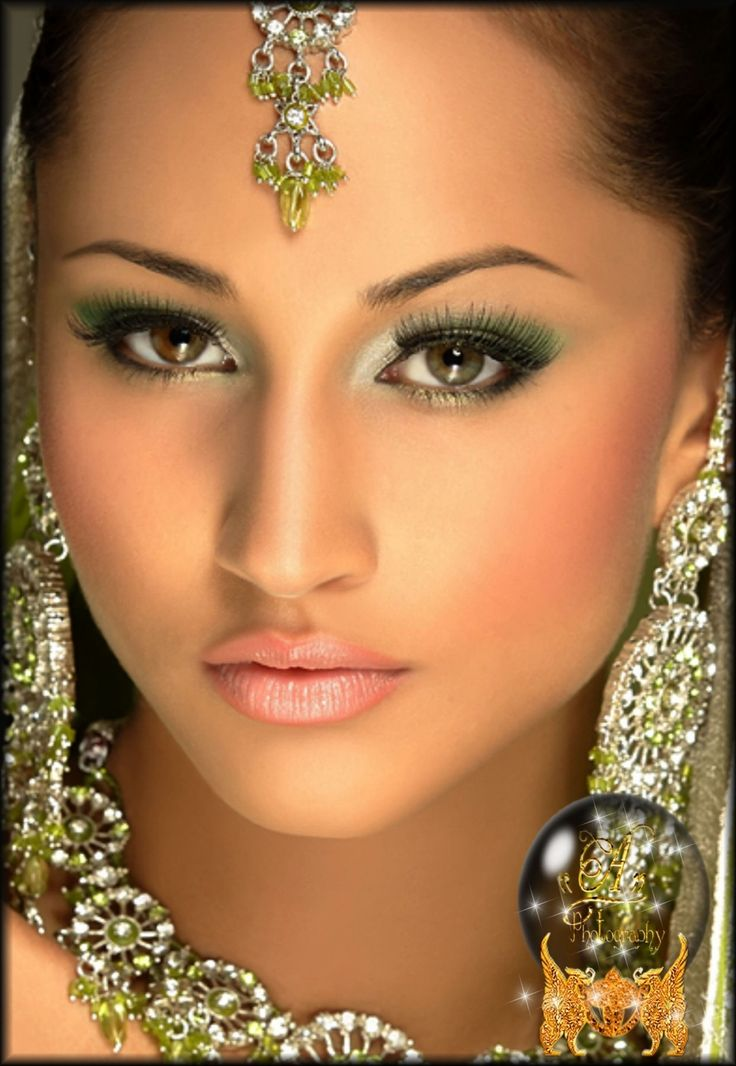 Pictures of beautiful arab women