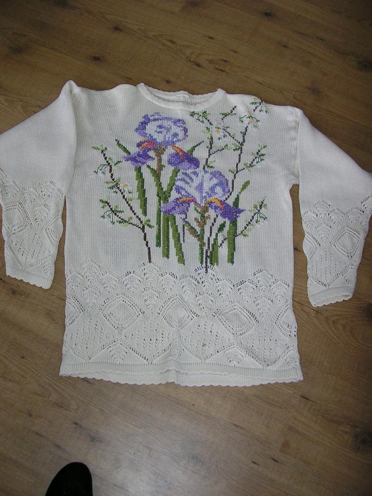 brodering i maskesting på gammel genser