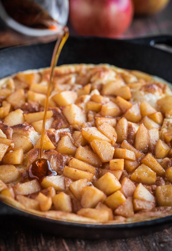 Souffle Pancake with Cinnamon Apples | @blogoverthyme