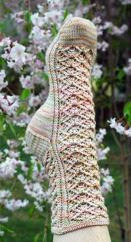 Knitting Pattern For Fancy Socks : 1000+ images about knitting on Pinterest