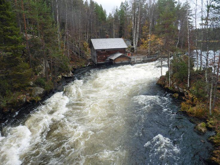 The Pieni Karhunkierros trail, Kuusamo. Myllykoski rapid.