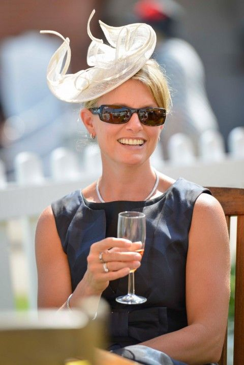 See all the stars, style and fabulous hats on show at Glorious Goodwood in 2013