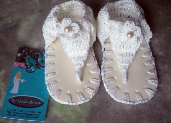 sandalinha em croch para beb branca em linha algodo e solado em