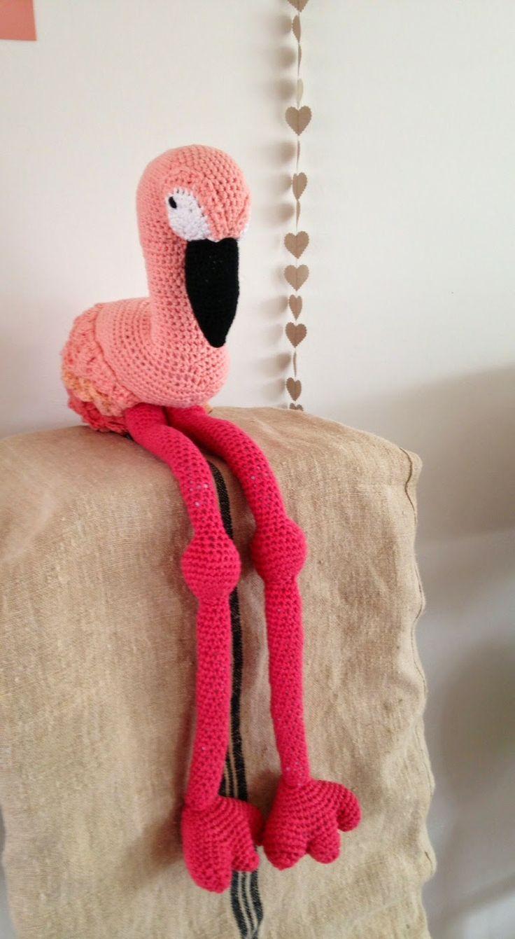 Amigurumi Hamburger Pattern Free : 1000+ images about Flamingo: Knitting & Crochet Patterns ...