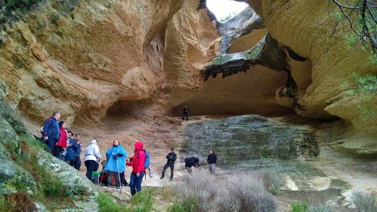 La Cueva Horadada del monte Arabi (Yecla, Murcia)