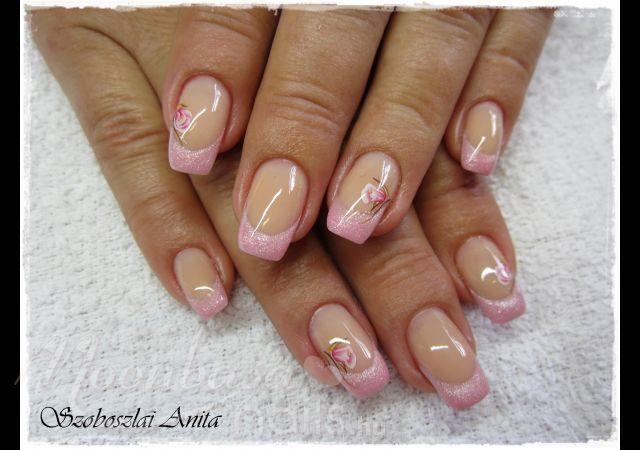 Elegáns zselés műköröm  #nails #nailsaddict #nailstylist #nailsdesign #gel #beauty #instanails #nailsdone
