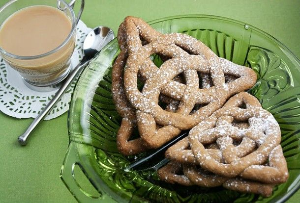 Epicurus.com Recipes | Jumbles or Knot Biscuits (Scottish Elizabethan) -