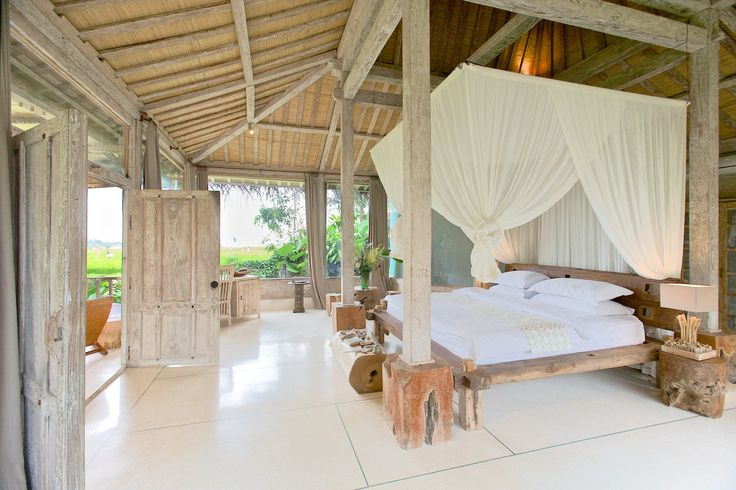 The romantic and airy Joglo Chic Upper Suite of Naya Ubud.