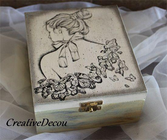 Kobieta z motylami http://creativedecou.blogspot.com/